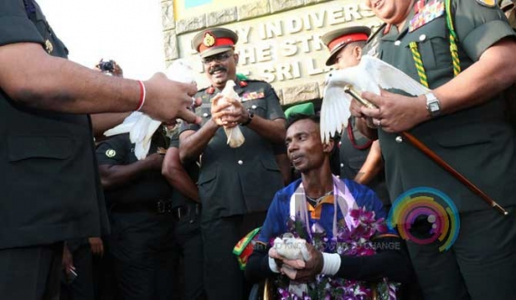 Disabled soldier completes his reconciliation feat (pics)
