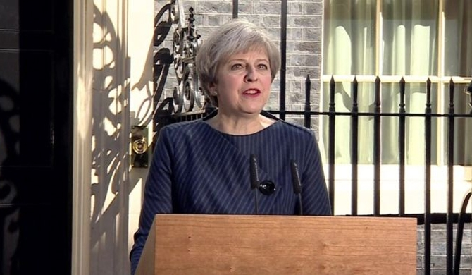 May announces snap polls in UK