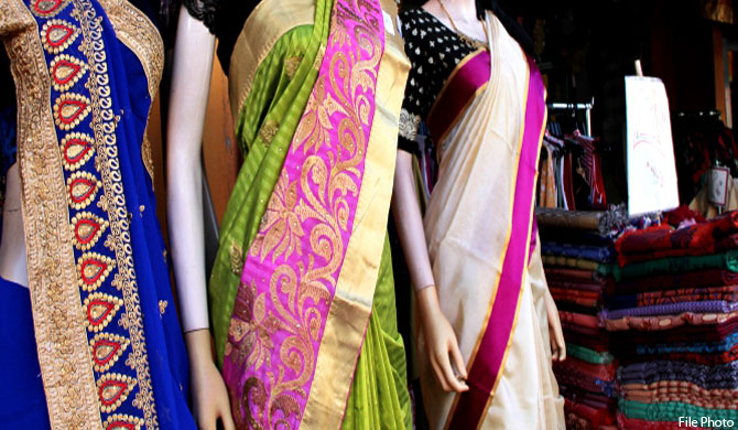 Indian saris to be cheaper amid new tax?
