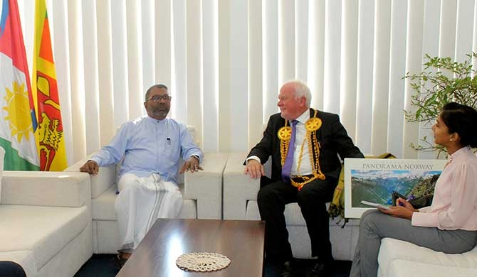Norwegian Ambassador calls on Raghavan (Pics)
