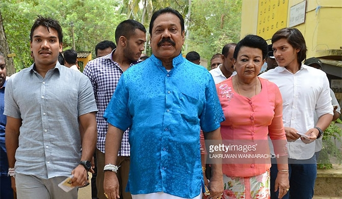Appoint a commission to investigate Rajapaksa corruption – Backbench MPs