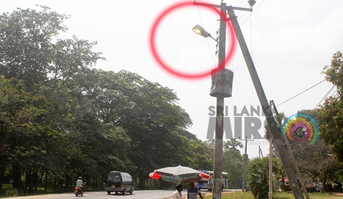 P'naruwa street lamps never switched off (pics)
