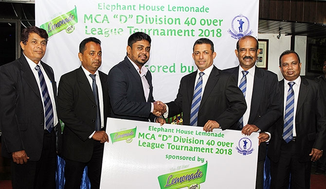 Pictured is Nadina Fernando (Centre Left), Marketing Manager for Elephant House Beverages handing over the sponsorship to MCA President Roshan Iddamalgoda (Centre Right). Looking on is P.K. Abeygunasekera, Asst. Manager Technical for Ceylon Cold Stores PLC, Nalin Wickremasinghe, General Secretary of the MCA, Rohan Somawansa, Executive Committee Member and Sponsorship Committee Member of the MCA, and Sujeewa de Silva, Chairman of the Tournament Committee of the MCA.