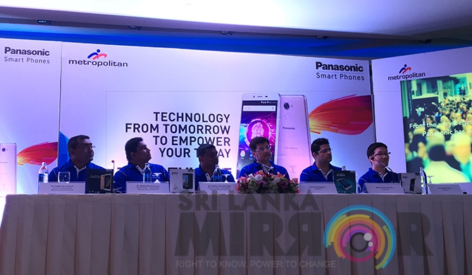 Panasonic & Metropolitan launch latest Panasonic mobiles in SL