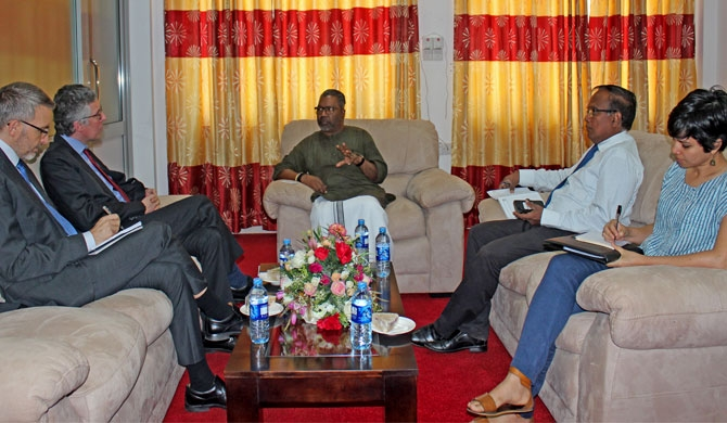 British representatives meet Northern Governor
