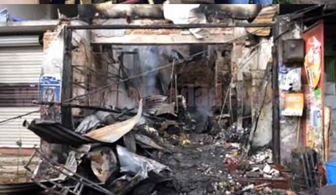 03 dead from Passara fire (pics)