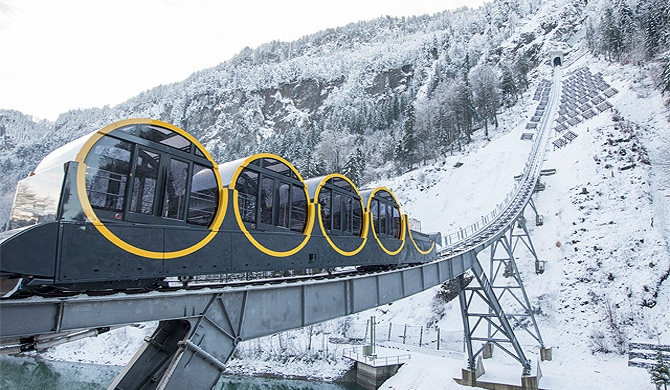 World's steepest funicular opens (Video)