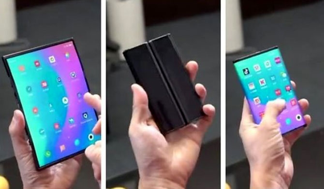 Xiaomi reveals fold-in-three smartphone