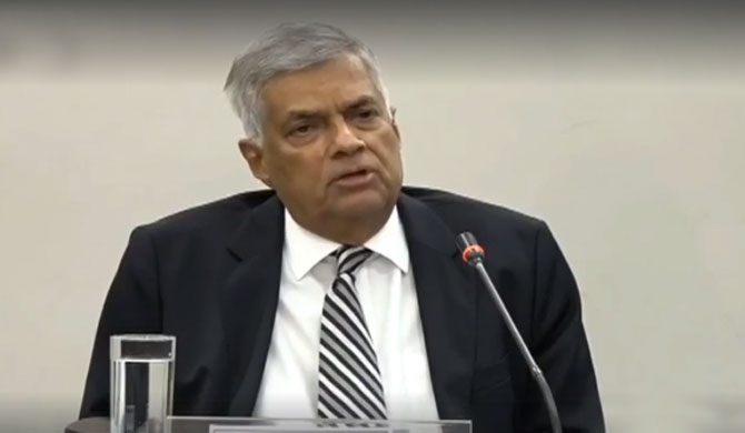 PM appears before PCoI (Video)