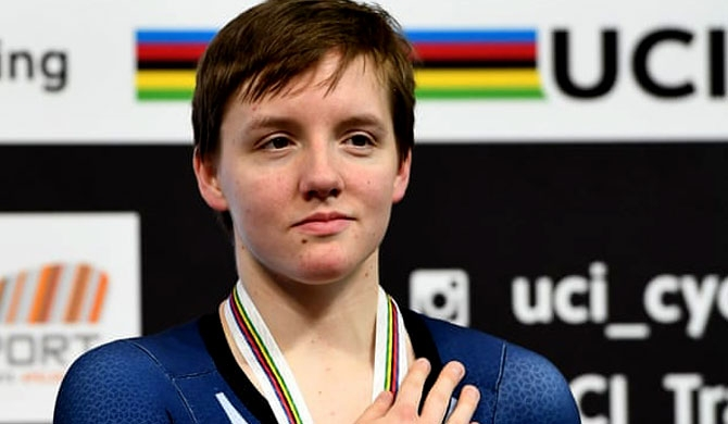 Cycling world champ dies at 23