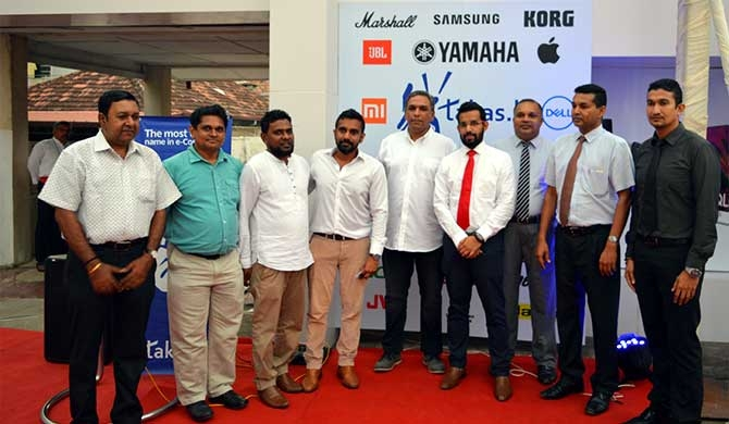 Takas.lk flagship store launched