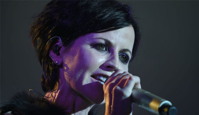 Cranberries lead singer no more