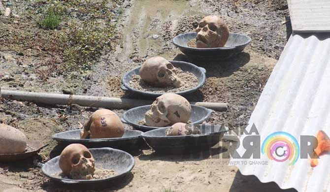Discussion on Mannar mass grave on March 22 (Pics)