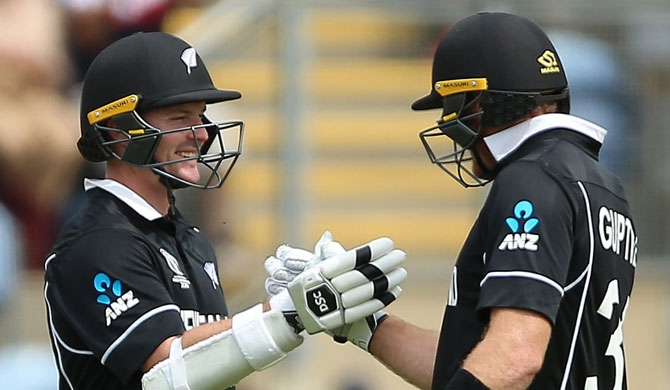 New Zealand beats Sri Lanka by 10 wickets