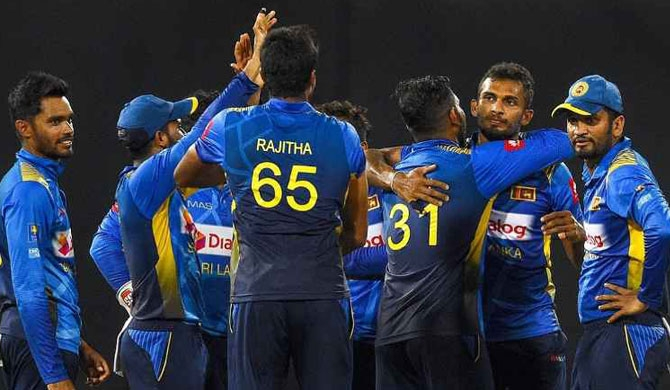 Mathews, Dasun star as SL sweep series