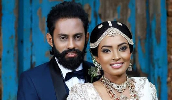 IUSF Lahiru weds Thilini from Derana (photos)