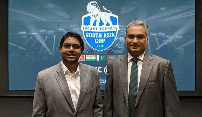 Raveen Wijayatilake, CEO of InGame Entertainment (left) and Indika De Zoysa, Senior Consultant, ICT Agency of Sri Lanka.