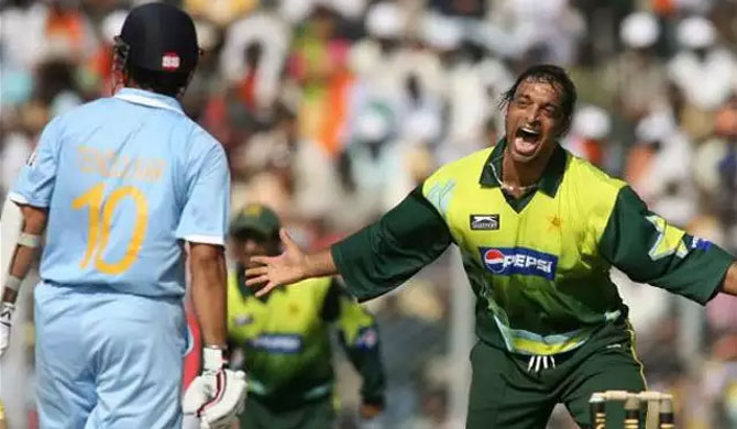 """Definitely"" like to be India's bowling coach - Shoaib Akhtar"