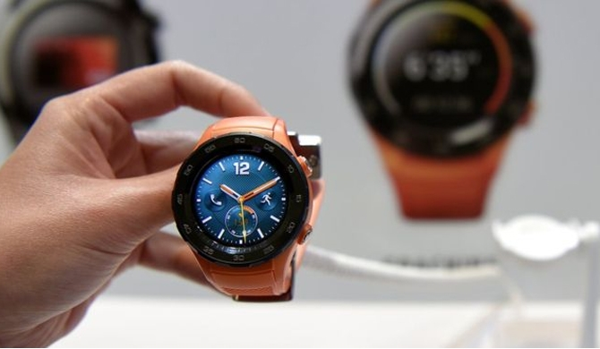 Huawei boss dismisses smartwatches