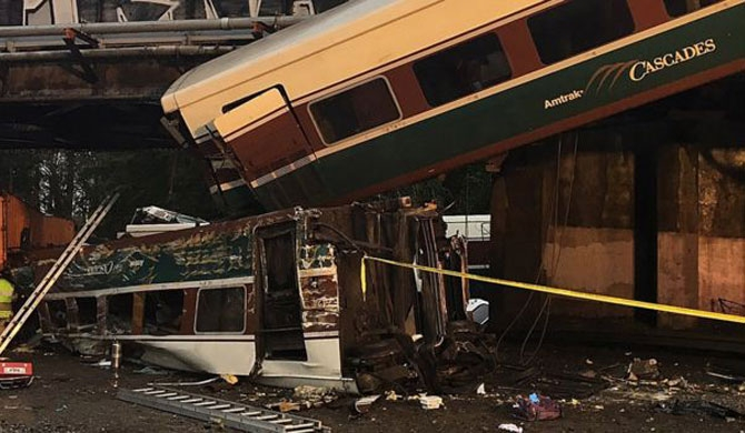 Deaths in Amtrak Washington train crash