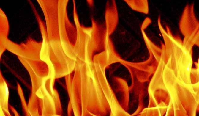 Fire erupts at Kegalle central market